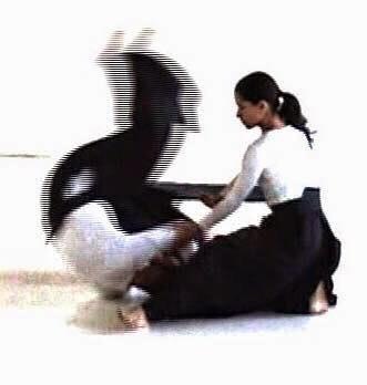 4 Luglio Flowing contact con Soraya Perez :dall'aikido alla danza attraverso l'improvvisazione